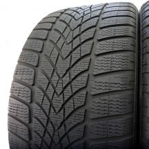 2. 2 x DUNLOP 285/30 R21 100W XL 5.5-6mm R01 SP Winter Sport 4D Zima