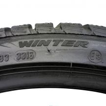 6. 2x PIRELLI 235/35 R19 Winter SottoZero 3 91W MC XL Zima