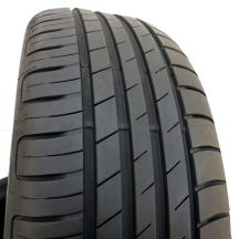 1 szt. opona 215/55 R17 Goodyear - Efficient Grip Performance - 94W - 7mm - Lato