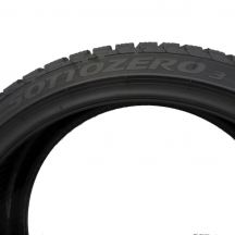 5. 2x PIRELLI 235/35 R19 Winter SottoZero 3 91W MC XL Zima